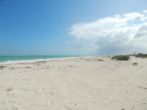 isla blanca turquoise waters